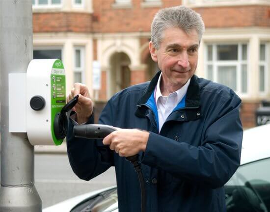Councillor Tony Page, Reading Borough Council, lamp post charger, lamp post electric car charging point, City EV, Cityline100